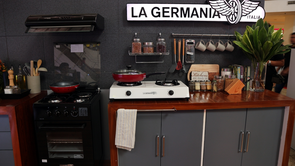 La Germania at the Chic Driven Expo