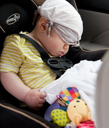 Tips to keep your baby content on the car seat