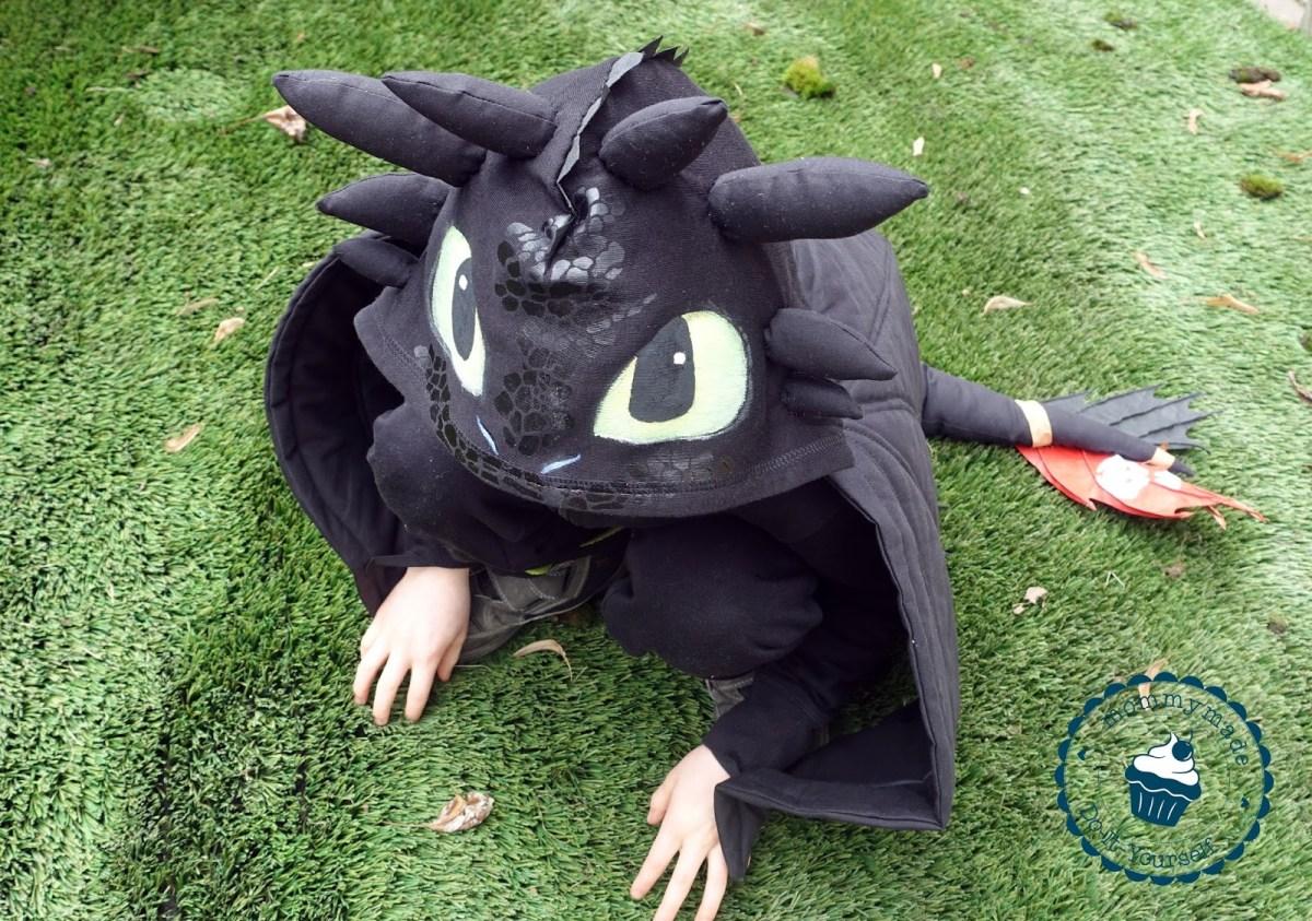 Toothless costume / Ohnezahn-Kostüm