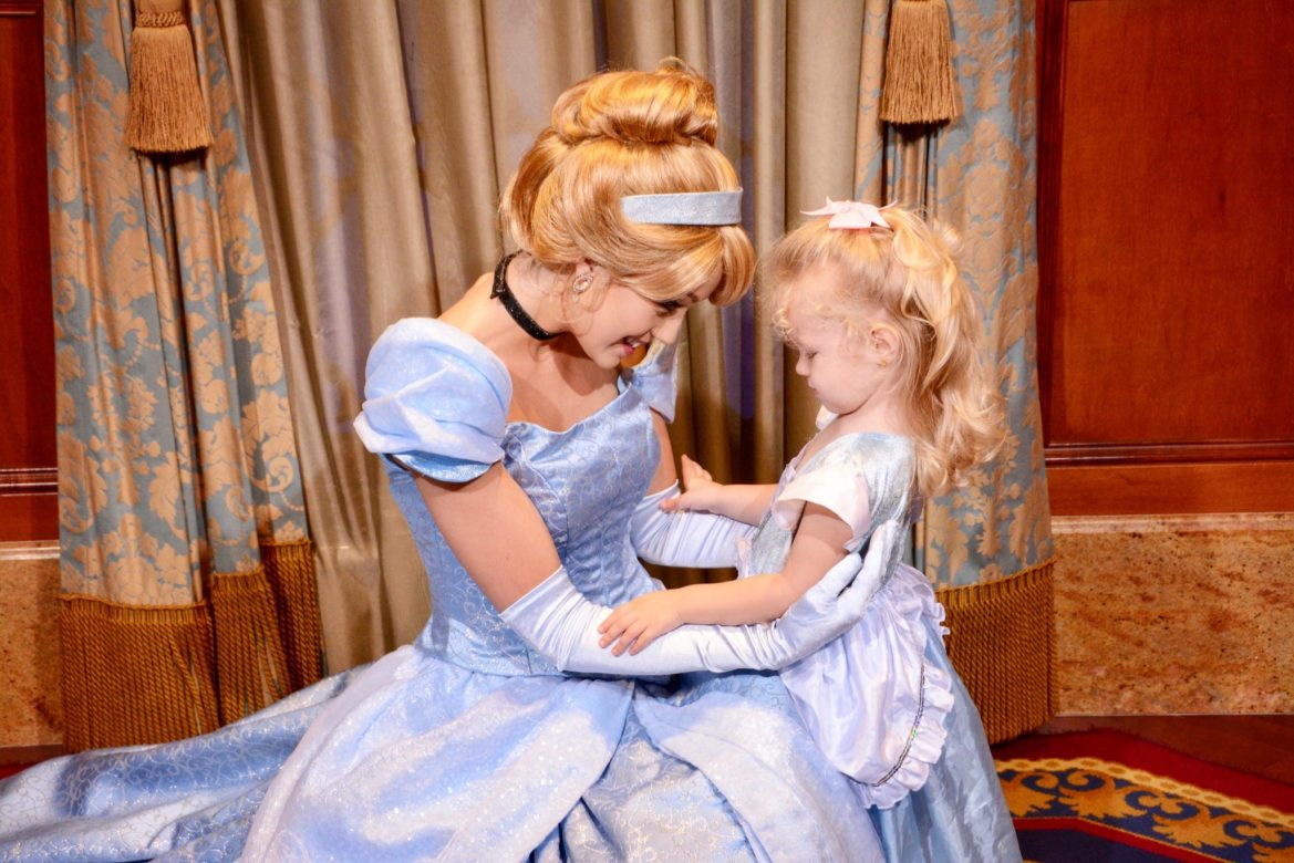Disney Dress Up Must Haves fo Kids
