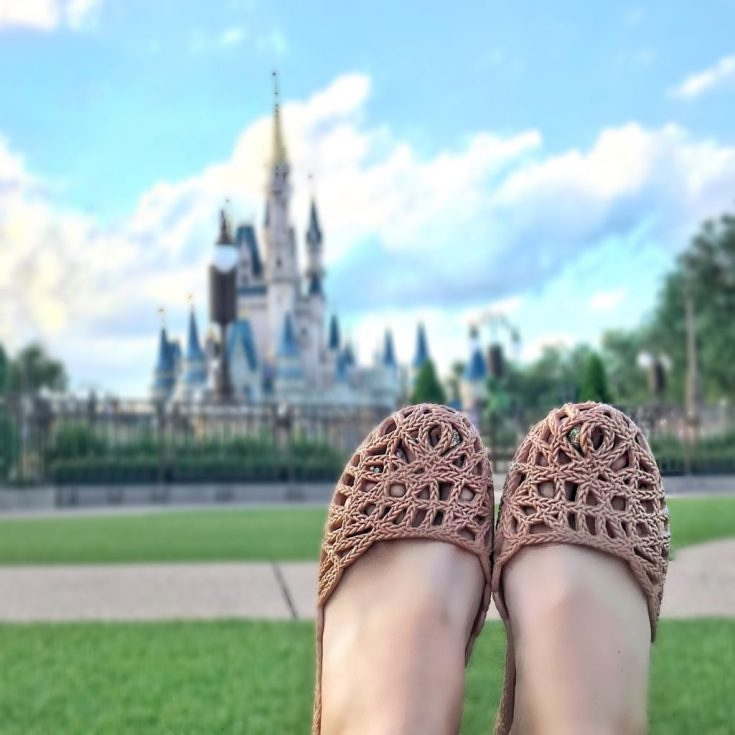 Mom Must Haves: Stylish, Comfortable Mox Shoes for Summer