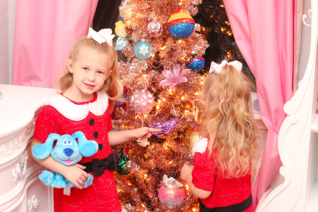 Christmas things to do with kids: Making a kid's tree