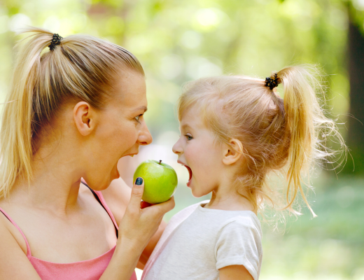 how to encourage my toddler to eat healthy