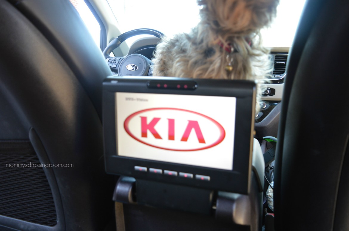 Kia Sedona, driveshop, sxl, car review, mini van, soccer mom, rear entertainment