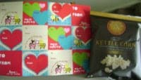 Angie's Kettle Corn Valentine's Snack Pack comes with 20 snack-sized bags and stickers!
