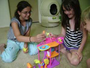 Playing with Polly Pocket