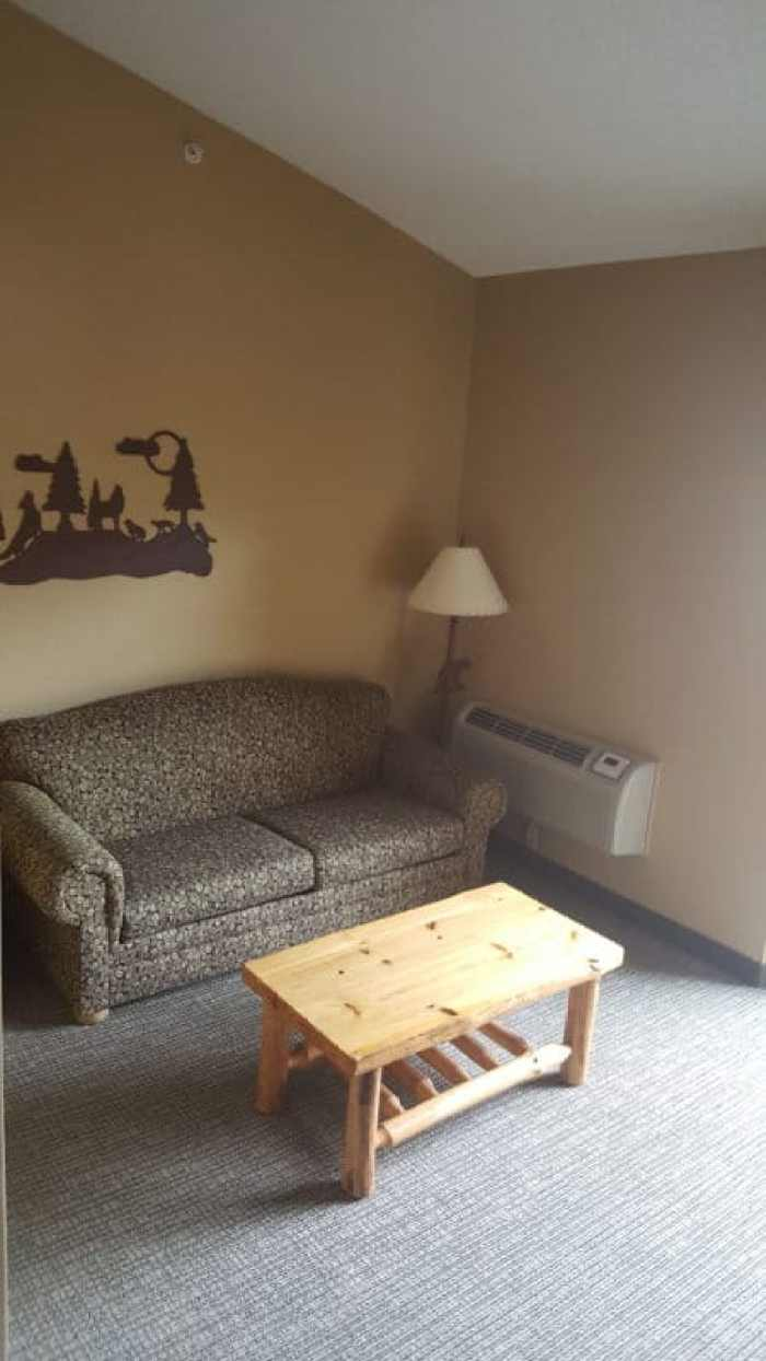 great wolf lodge williamsburg sitting area of family suite