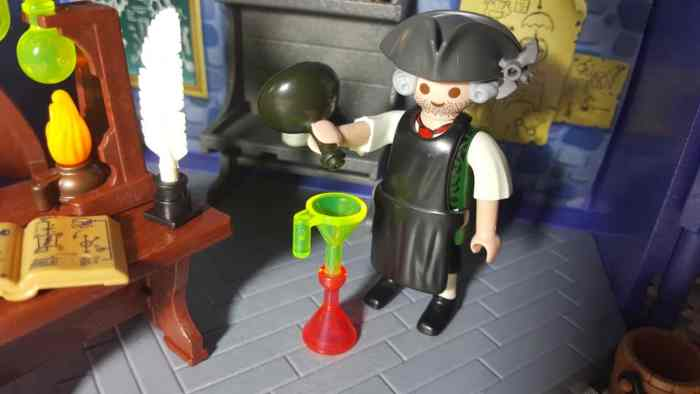 playmobil take along haunted house colonial era mad scientist