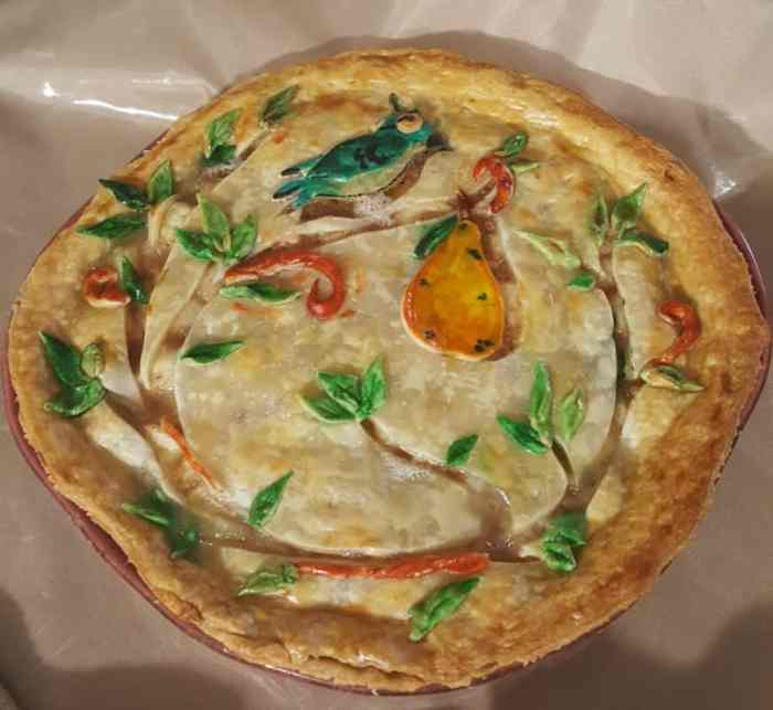 Sweet'N Low Partridge in a Pear Tree Caramel Pear Pie