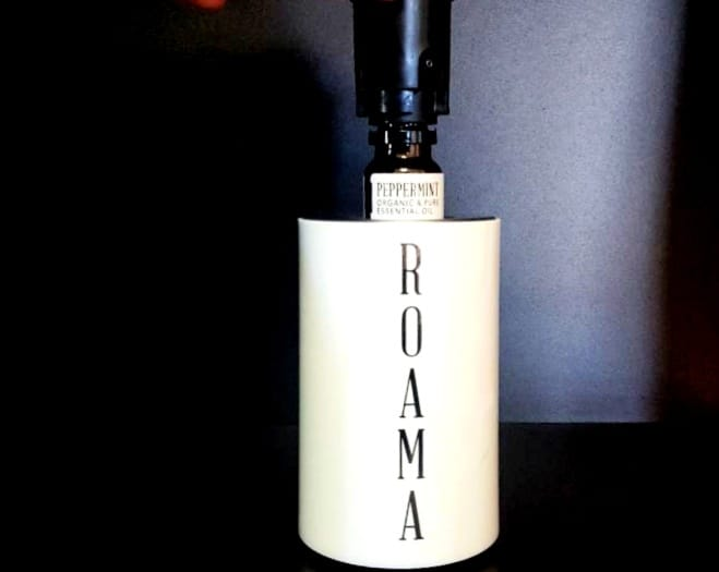 roama aromatherapy diffuser using peppermint essential oil (1)