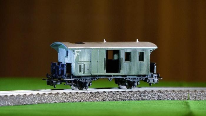 Tips for Making an Outdoor Garden Model Train Railway Setup