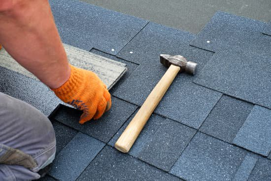 If you ever look at the top of your house and think about replacing your roof, and installing a new roof,hen you need to read this. Never walk into that roof store without having these things in mind.