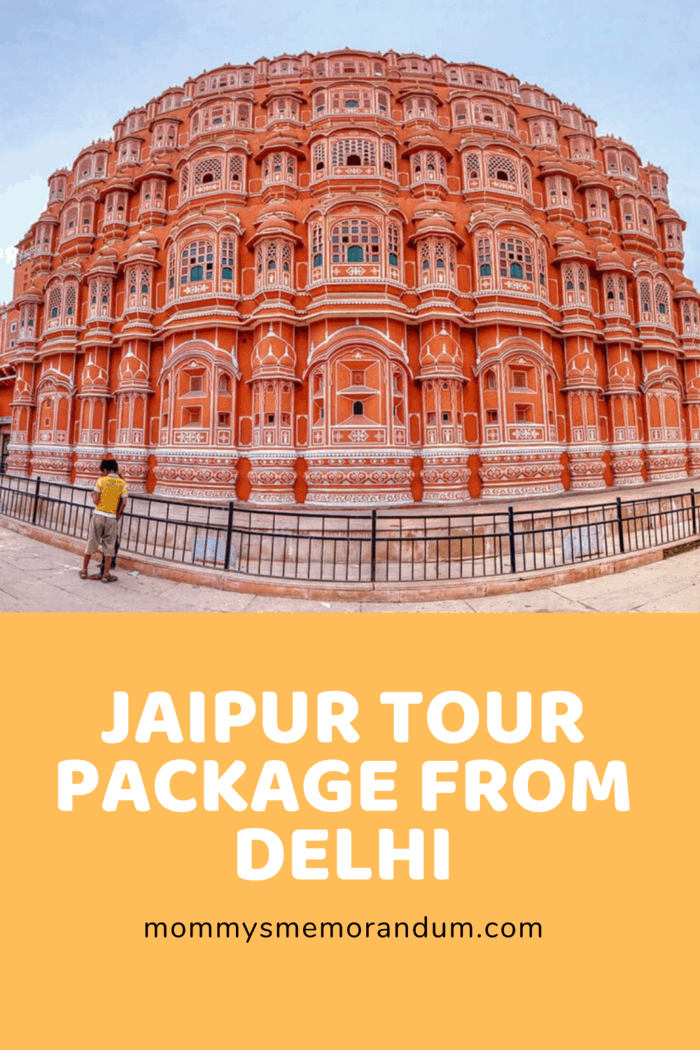 Jaipur's busy bazaars, renowned for Rajasthani jewelry, cloth, and accessories, have a unique value and are certainly a treasure for shoppers.