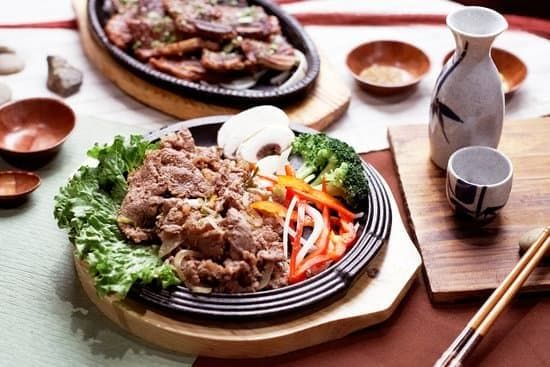 Holiday periods are the perfect time for family bonding. Visit barbecue restaurants while traveling as a family during the holidays #BBQ #BBQresturants #resturants #traveling #familytime