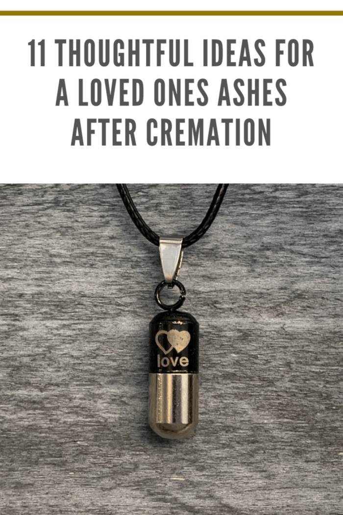 necklace that holds cremation ashes