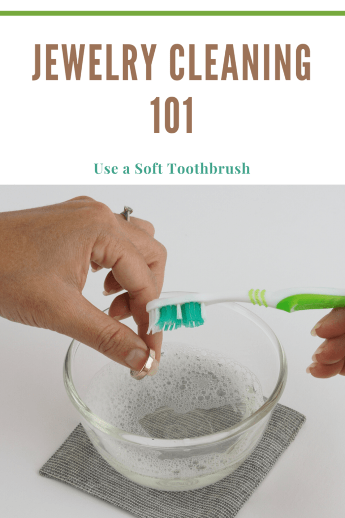 Jewelry Cleaning 101