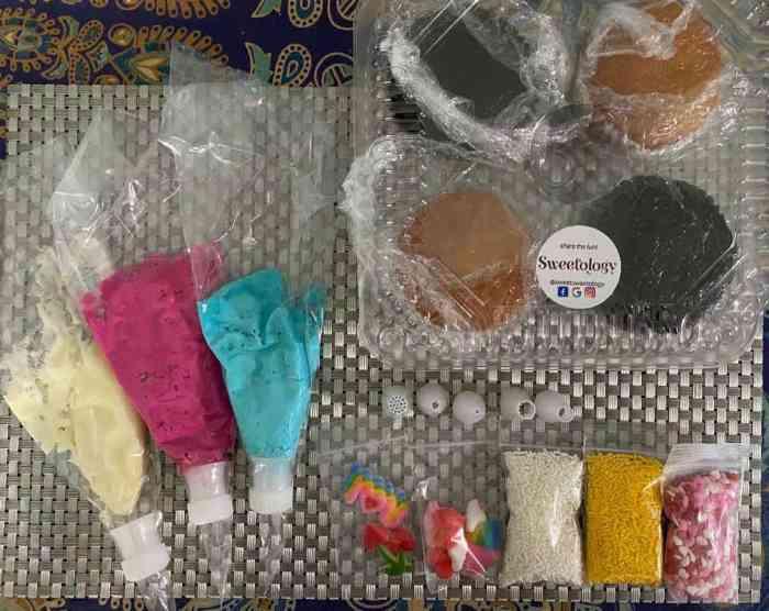 sweetology cupcake decorating kit