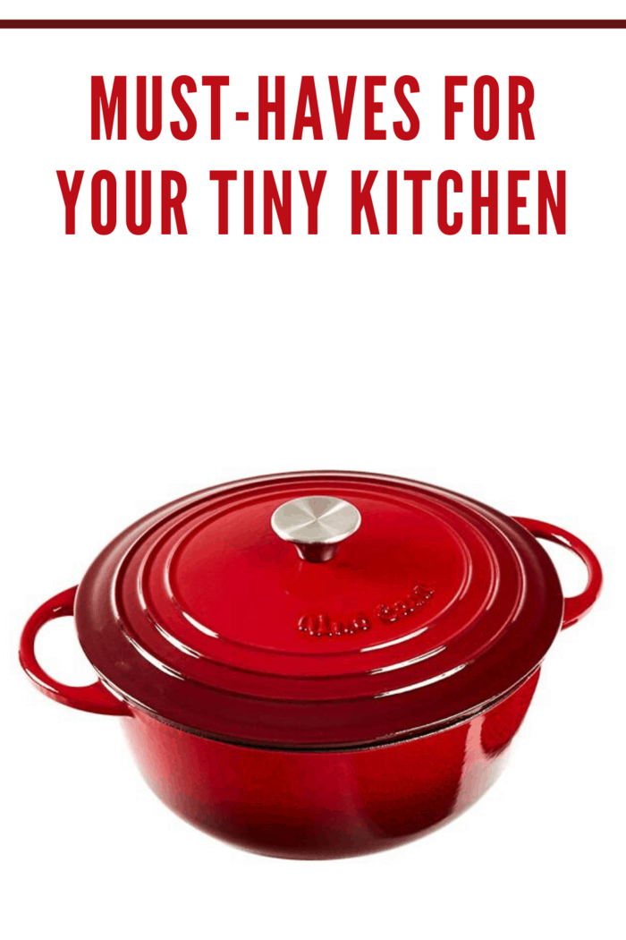 red enameled cast iron pot with lid