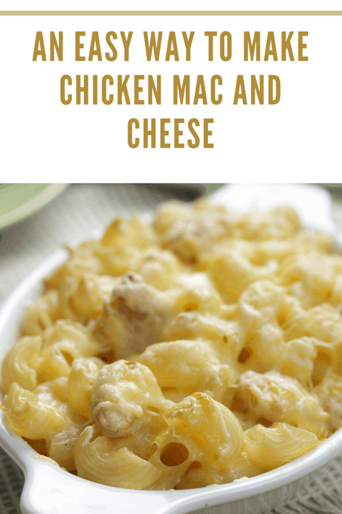 Macaroni and cheese with chicken meat closeup