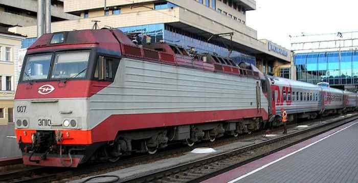 travel through russia via trains
