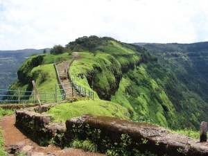Towards Elephant Point in Mahabaleshwar
