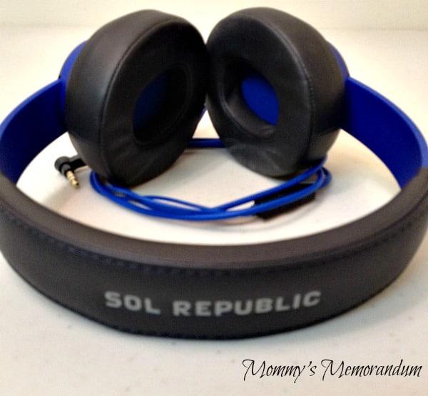 Sol Republic Headphones blue