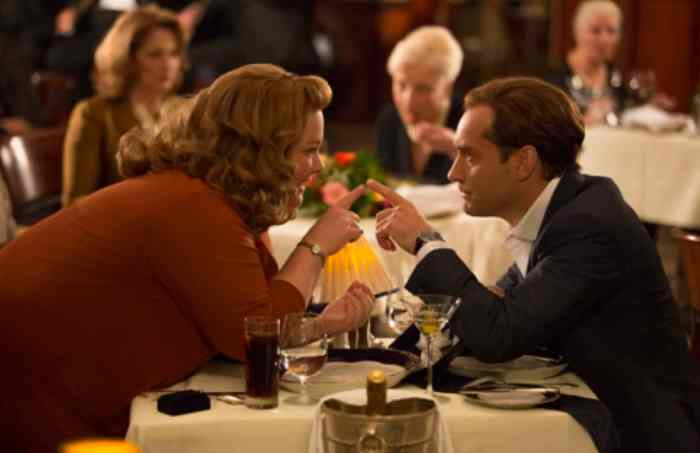 Susan Cooper (Melissa McCarthy) clearly has eyes for her partner, superspy Bradley Fine (Jude Law).
