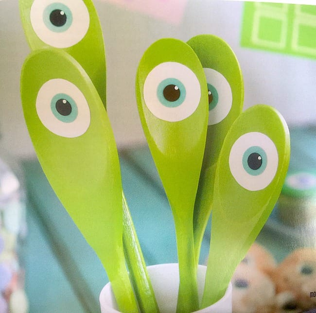 THE ULTIMATE DISNEY PARTY BOOK mike wakowski spoon puppets