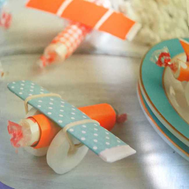 THE ULTIMATE DISNEY PARTY BOOK planes