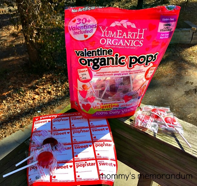 YumEarth Valentine Organic Pops what's included