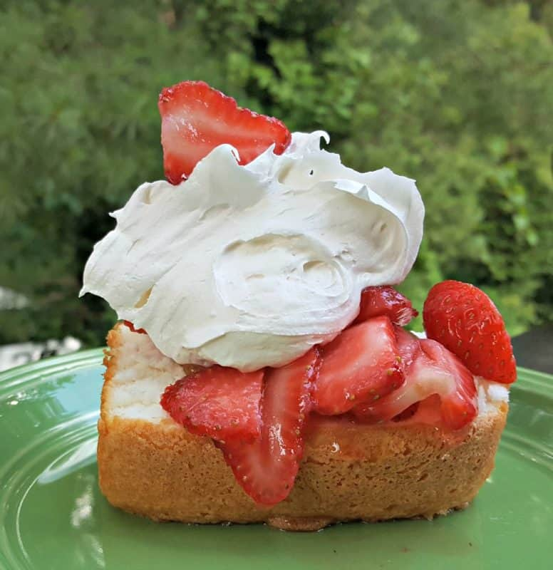Angel Food Cake With Marshmallow Topping Recipe