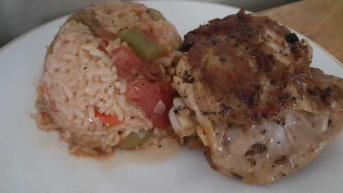 Instant Pot Arroz con Pollo (Chicken with Rice) Recipe