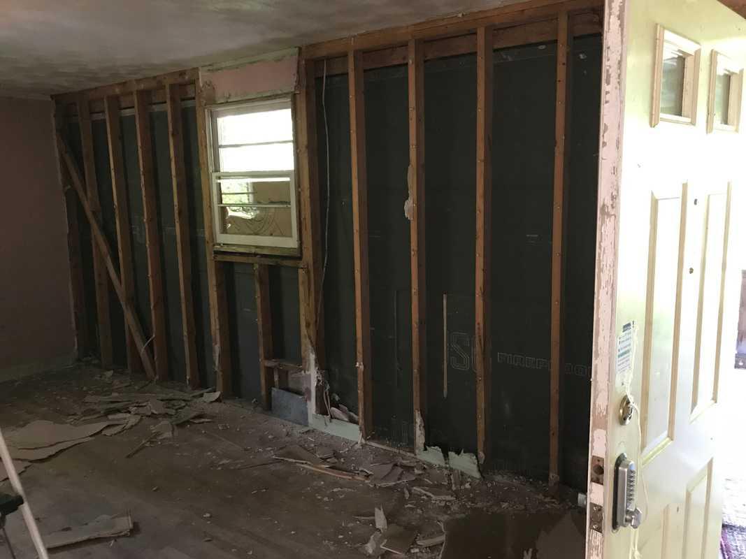 dad's house front bedroom demolition