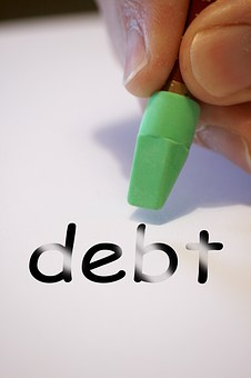 4 tips to work on debt have a strong marriage
