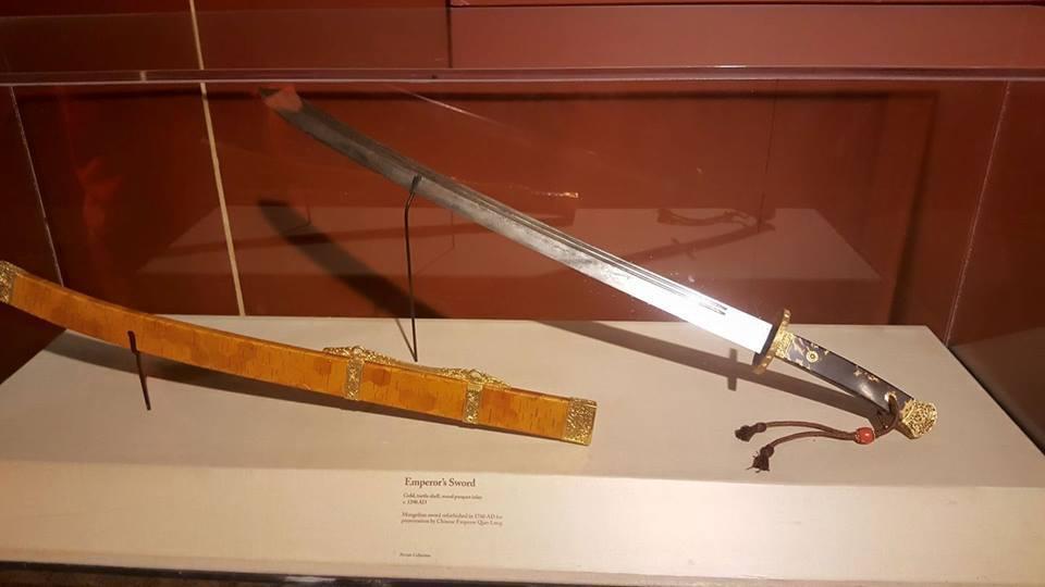 genghis-khan-emporer-sword