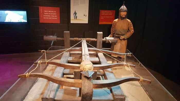 genghis-khan-giant-cross-bow