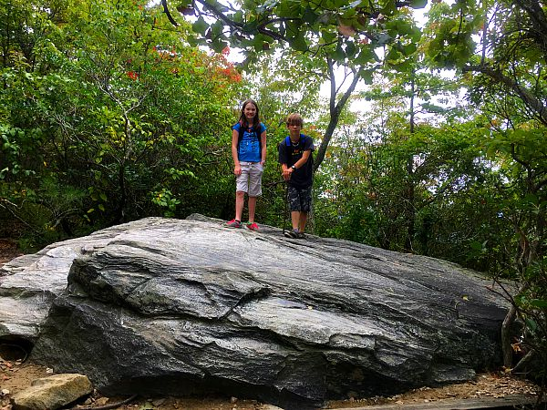 hanging rock trail