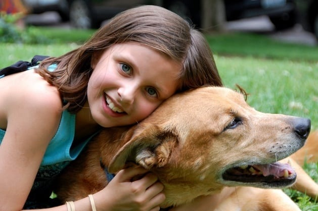 how to encourage kids to take care of a pet dog