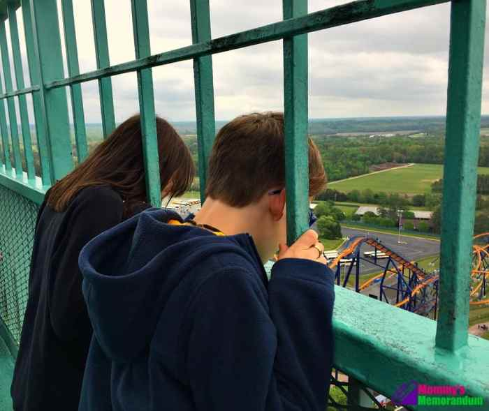 kings dominion my kids at the top of the eiffel tower