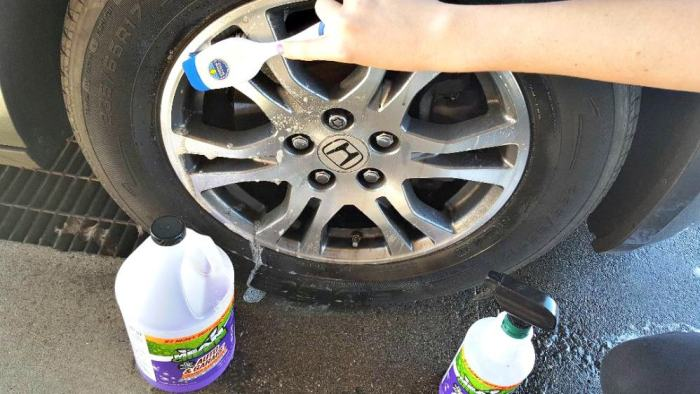 mean green auto and garage cleaning tires