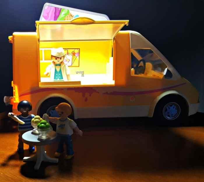playmobil ice cream truck serving ice cream