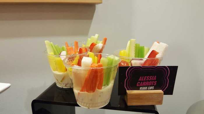 radio disney alessia carrots veggie cups
