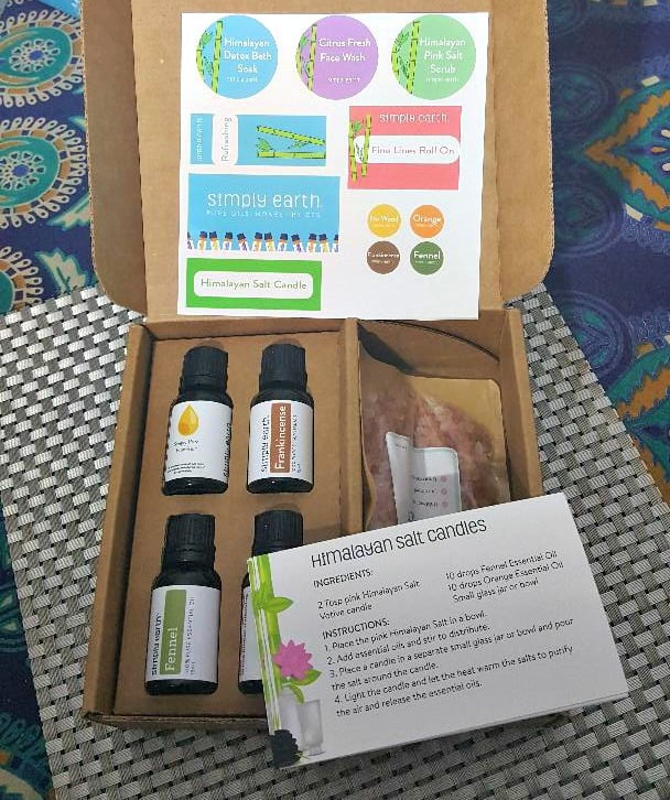 simply earth inside the subscription box