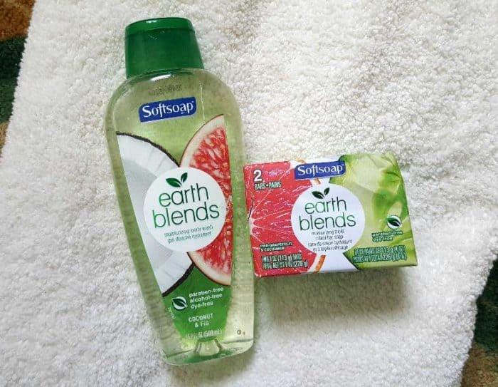 softsoap earth blends moisturizing bath wash