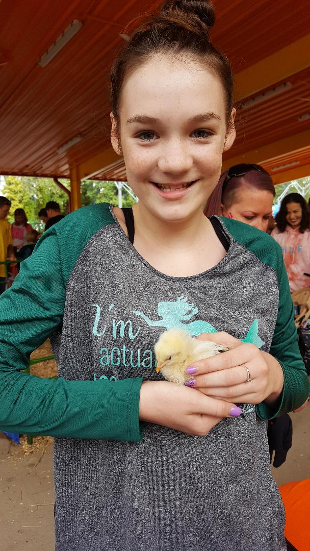 the great pumpkin fest holding chick