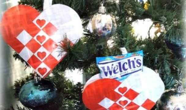 Deck the Halls with Welch's Holiday Fruit Snacks