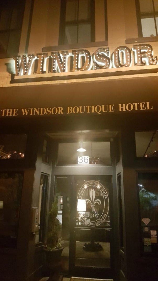 windsor boutique hotel windsor lit up