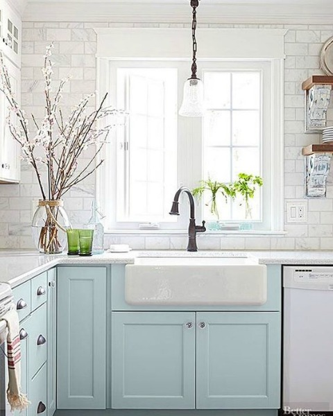 beachy chic kitchen
