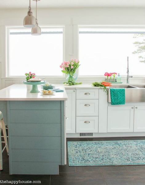 beachy chic kitchen decor