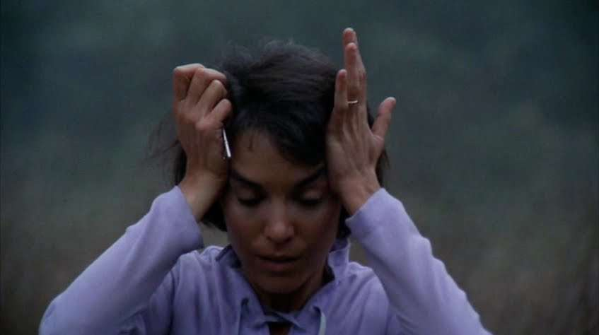 Lets-Scare-Jessica-to-Death_1971_18